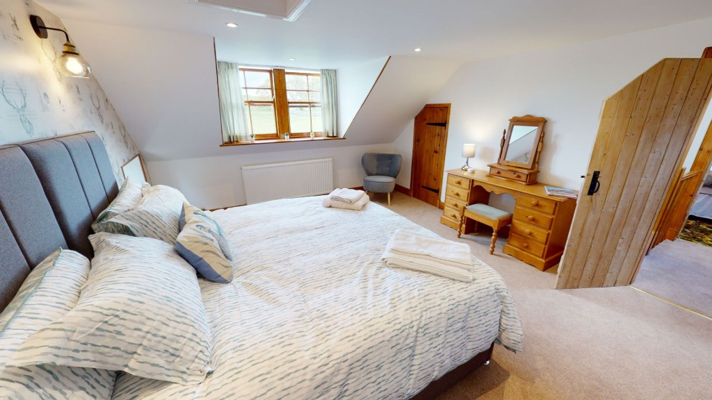 smailholm-mains-double-bedroom-06