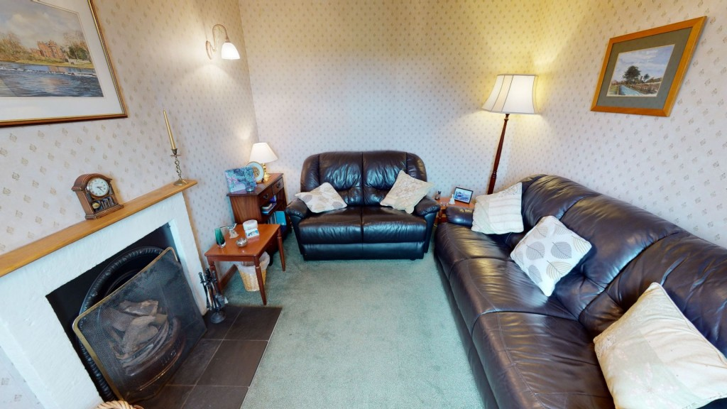 smailholm-mains-living-room-01