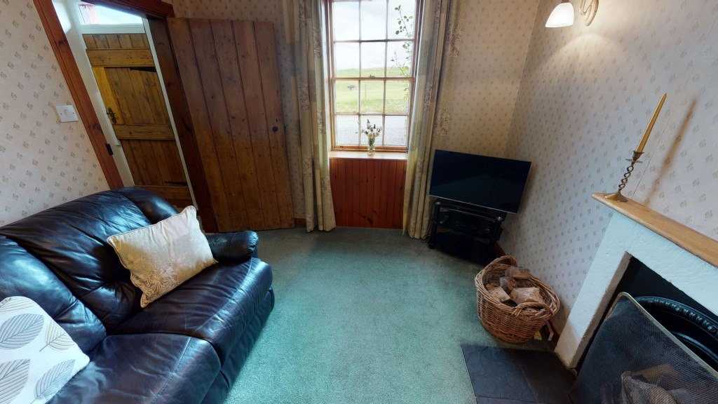 smailholm-mains-living-room-02
